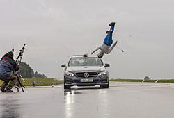 ADAC-Test von Fahrerasitenzsystemen - hier Fußgängerschutz