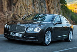 Bentley Flying Spur - seitliche Frontansicht
