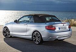 BMW 2er Cabrio - Heckansicht geschlossen