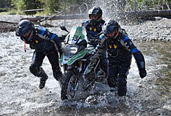 BMW GS Trophy 2014 - Tag 3 - Motorrad-Abschleppen