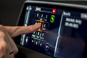 BMW 7er: iDrive mit Touchscreen