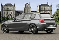 Hartge veredelter BMW 1er in der seitlichen Rückansicht