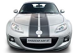 Mazda MX-5 mit zweistreifigem Foliendesign