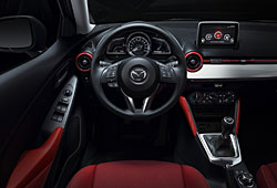 Mazda 2 - Interieur Red Edition