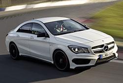 Mercedes CLA 45 AMG Seitenansicht