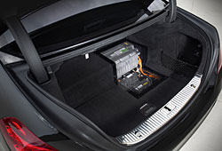 Mercedes S500 Plug-in-Hybrid - Blick in den Kofferraum