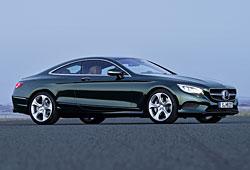 Mercedes S Coupé in der Seitenansicht