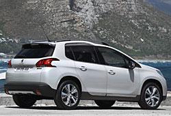 Peugeot 2008 seitliche Heckansicht