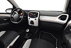 Peugeot 108 Top! Roland Garros - Innenraum