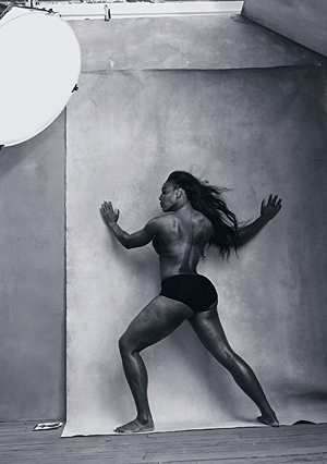 © Pirelli Kalender 2016 by Annie Leibovitz - Serena Williams im April