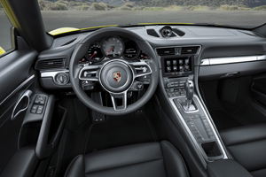 Porsche 911 Carrera 4S - Cockpit