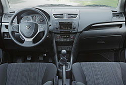 Suzuki Swift - Cockpit