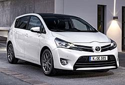 Toyota Verso - seitliche Frontansicht