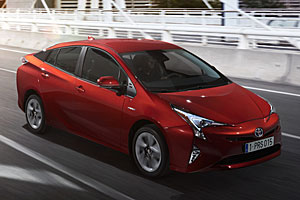 Toyota Prius - Außenansicht seitlich